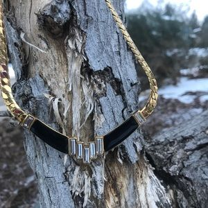 Jewelry - Black and Gold Costume Necklace